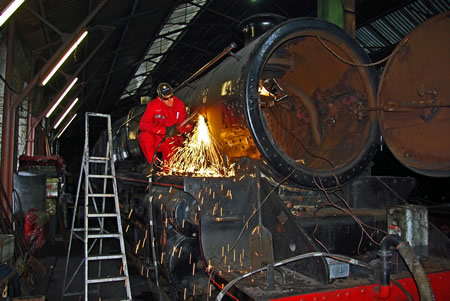 Photograph of loco repairs in Aviemore shed